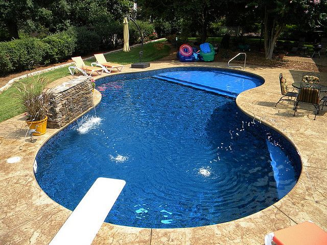 Tanning shelf in vinyl pool. WOW! | Yard scape | Pinterest | Pool ...