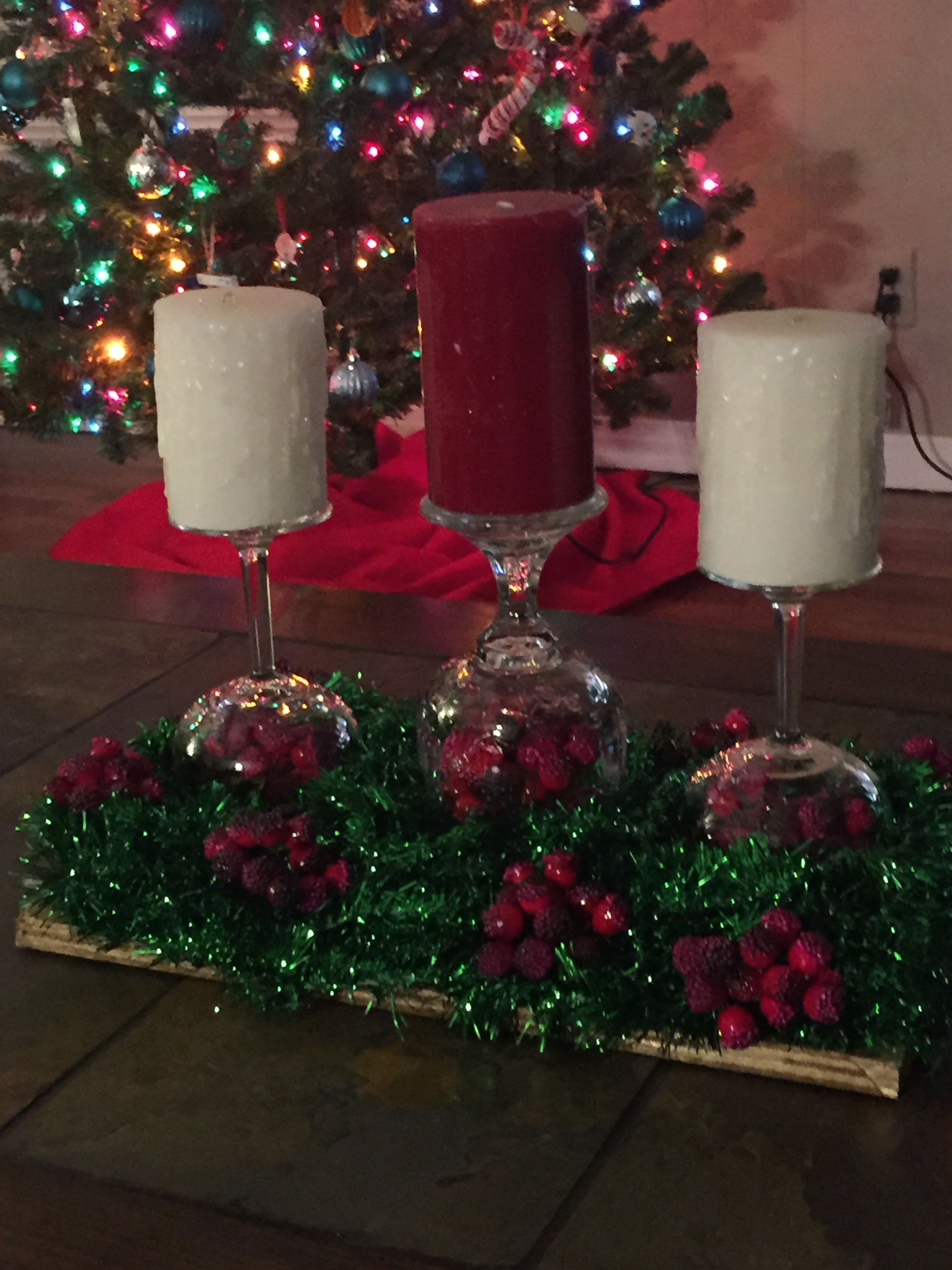 Christmas table centerpiece that me and my mom just made ❤️☃