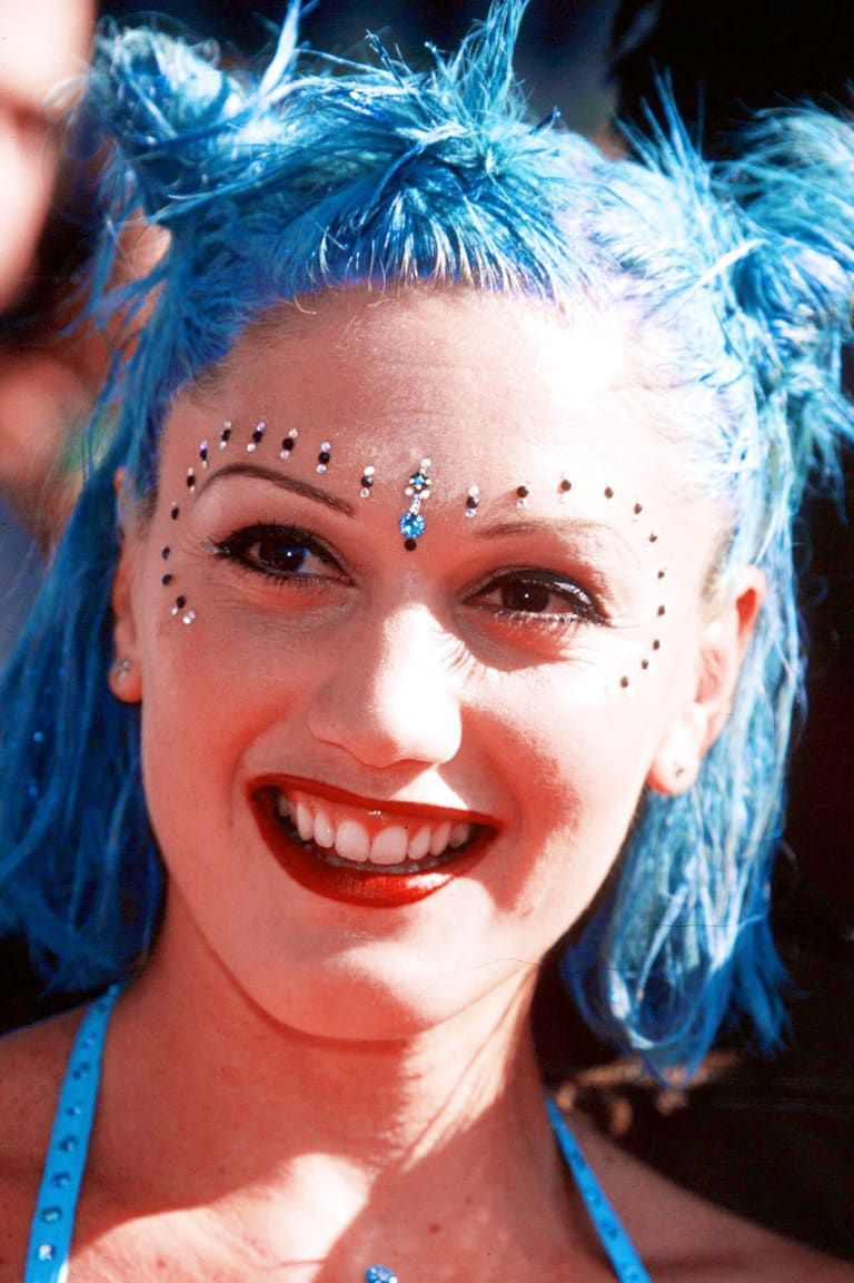 Hottest Makeup Trends of the 1990s - Popular