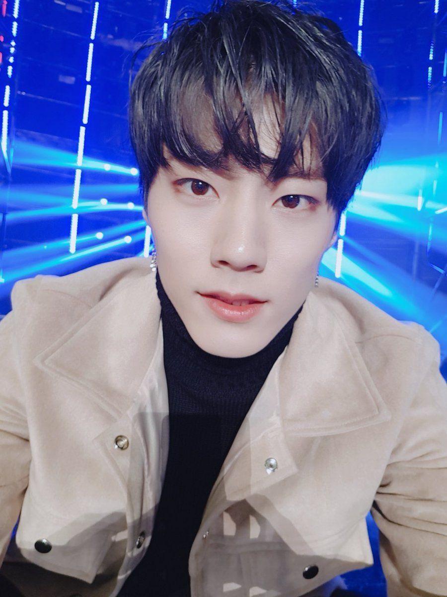 We Are Imfact Korean Idol Boy Groups Lip Sync Battle