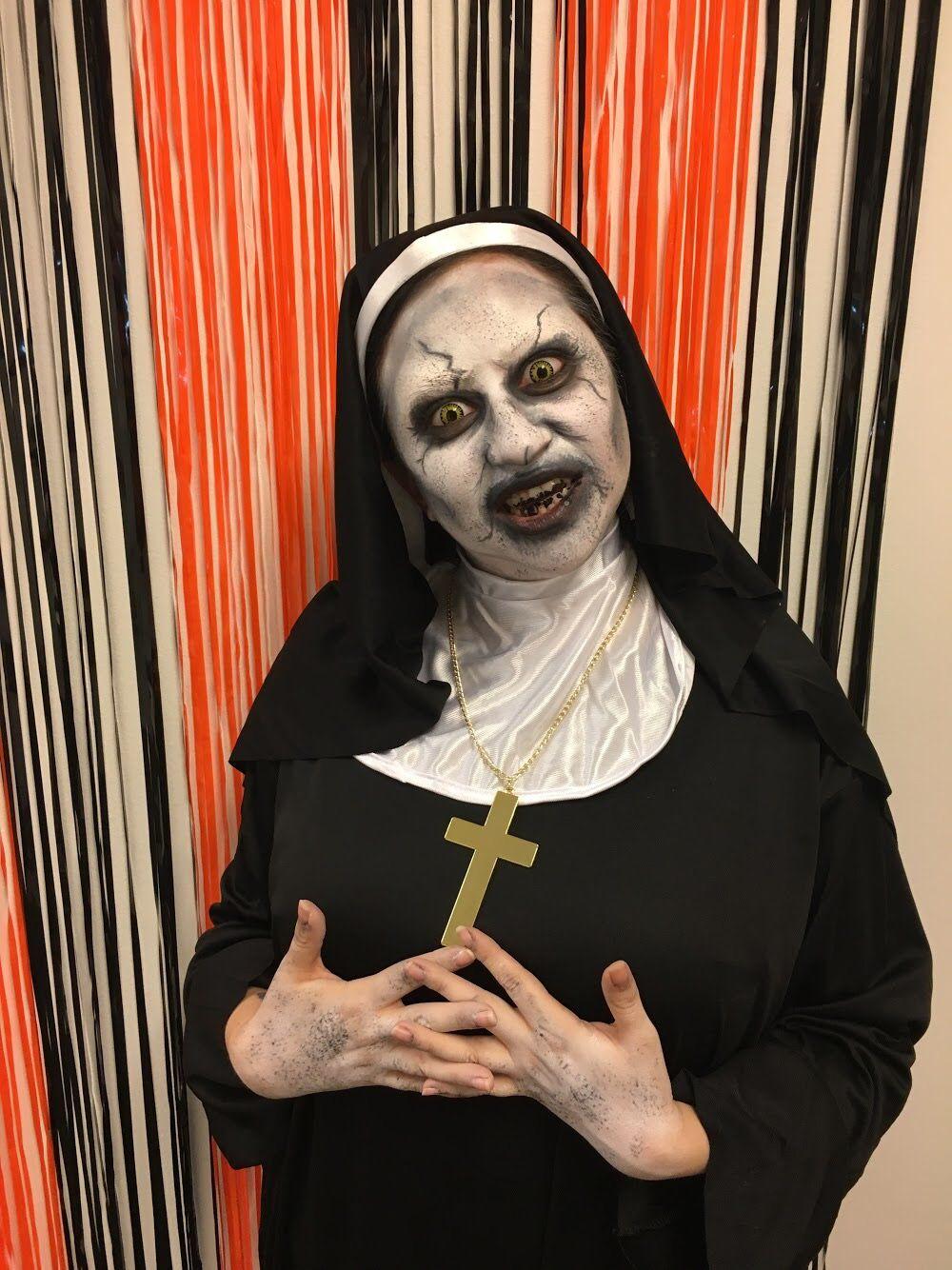 Crazy Halloween Ideas.Mfw You Win The Office Halloween Contest Happy Halloween Https Imgur Com Xhvll9q Crazy Halloween Costumes Scary Halloween Costumes Halloween Contest
