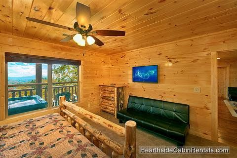 Find A Large Cabin Rental In Gatlinburg Pigeon Forge Tn Cabin Cabin Rentals Manor