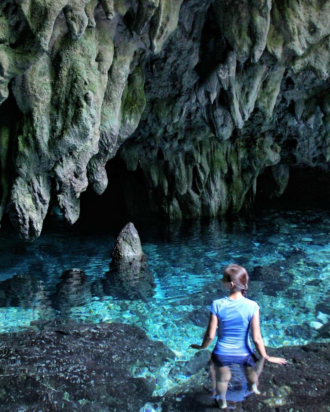 What Amazing Crystal Water Inside Hawang Cave Location Goa Hawang Kepulauan Kei By Asrialdilaputri Goahawang Keikecil Malukutenggara Indonesia