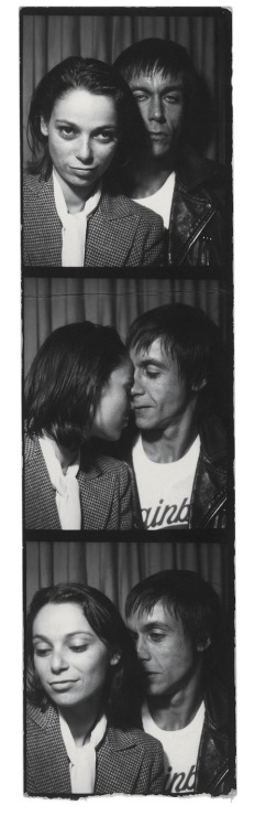 Iggy Pop with girlfriend Esther Friedman in a photobooth, circa 1977.
