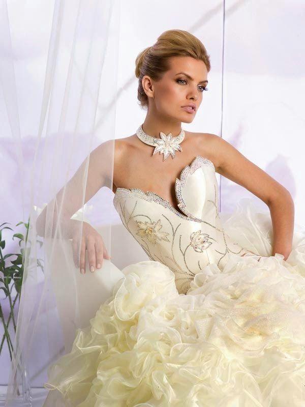 صور رومانسية أحدث فساتين الزفاف عام 2014 اجمل واحلي فساتين زفا Wedding Dresses Wedding Dresses Lace Bridal Couture