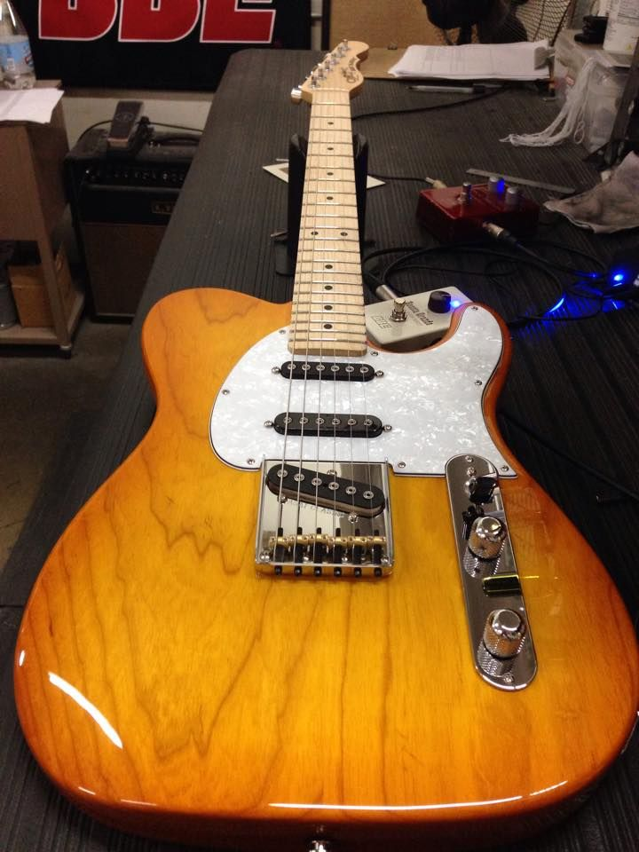 G&L Musical Instruments Here's an ASAT Classic S in Honeyburst over swamp ash