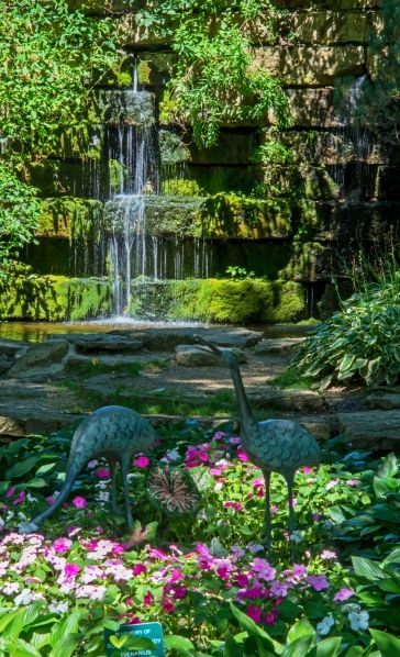 Dubuque Arboretum and Botanical Gardens - Two children\'s themeed ...