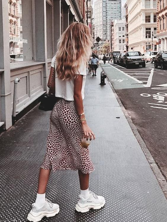 17 Cute Back to School Outfit Ideas For Fall Semester 2018 #falloutfitsschool2019