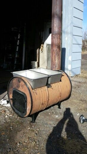 Maple Syrup Boiler Made From A 55 Gallon Barrel Wood To Fuel This Converted Home Made Stove Into Boil Barrel Stove Maple Syrup Evaporator Homemade Maple Syrup