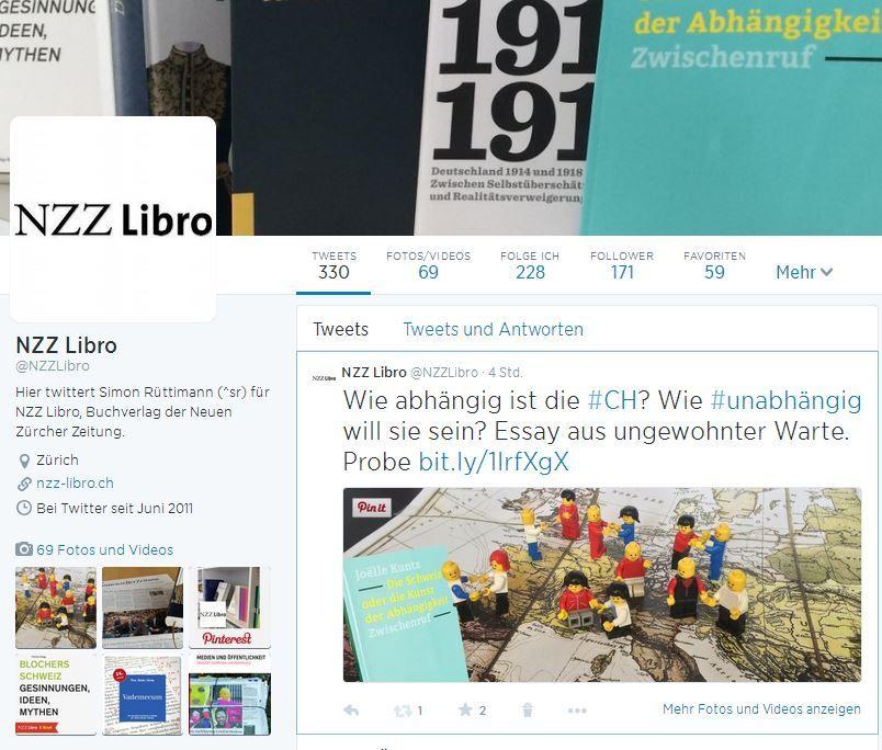 """Zweitverwertung auf Twitter für """"Die Schweiz - oder die Kunst der Abhängigkeit"""". Model Chrigi Legoli scheint zwischen dem einen und dem anderen Shooting das Trikot gewechselt zu haben."""