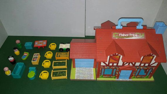 Vintage Fisher Price Play Family Tudor House 952 1980s Fisher