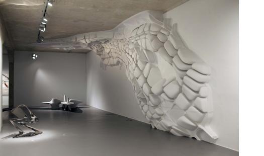 Vista de la exposición Zaha Hadid. Beyond Boundaries, Art and Design, celebrada en Ivorypress Space