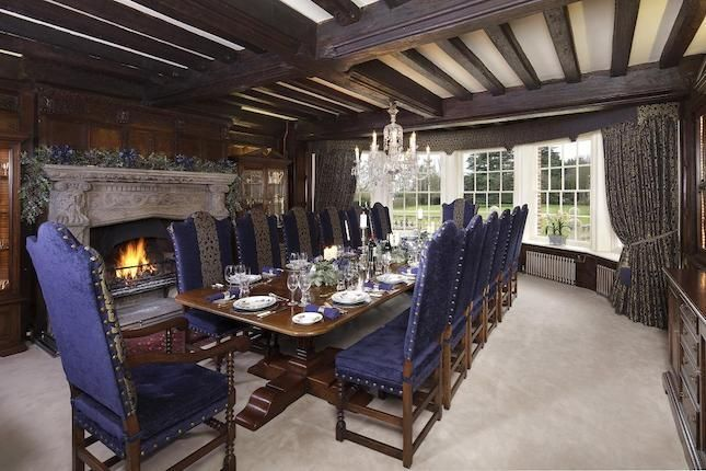 medieval dining room sets   medieval style dining room   Happily ever after ...