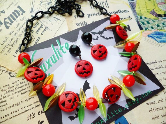 Halloween Collection... Mini Pumpkins 1940s 50s style by Luxulite