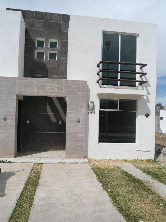 Pin de blanka medrano en fachadas casas for Fachadas de casas modernas pequenas de infonavit