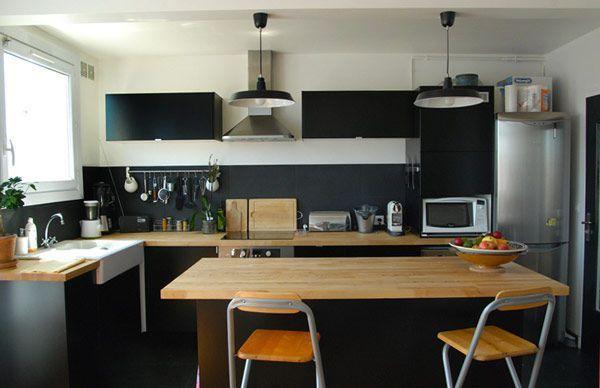Une cuisine qui mise sur le bois et le noir cuisine Pinterest