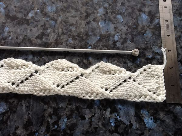 Adaptation of Bessie's leaf lace knit pattern | Knit ...