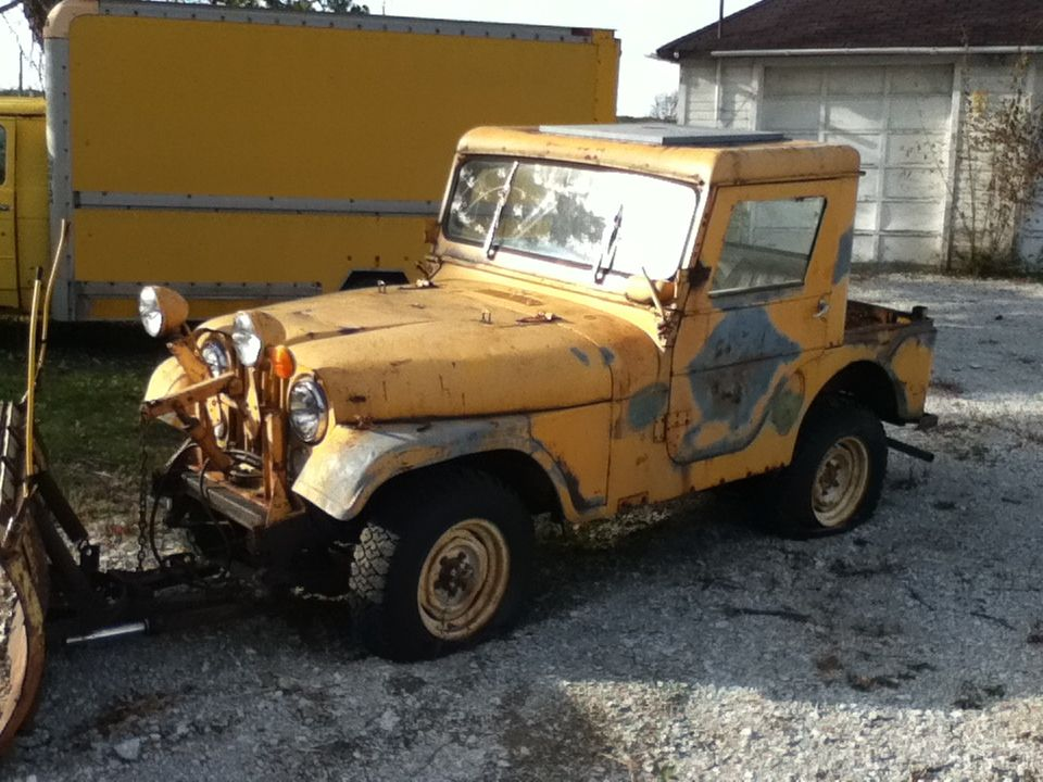 Old plow jeep at a junk yard | 4 wheels | Pinterest | Jeeps, Snow ...