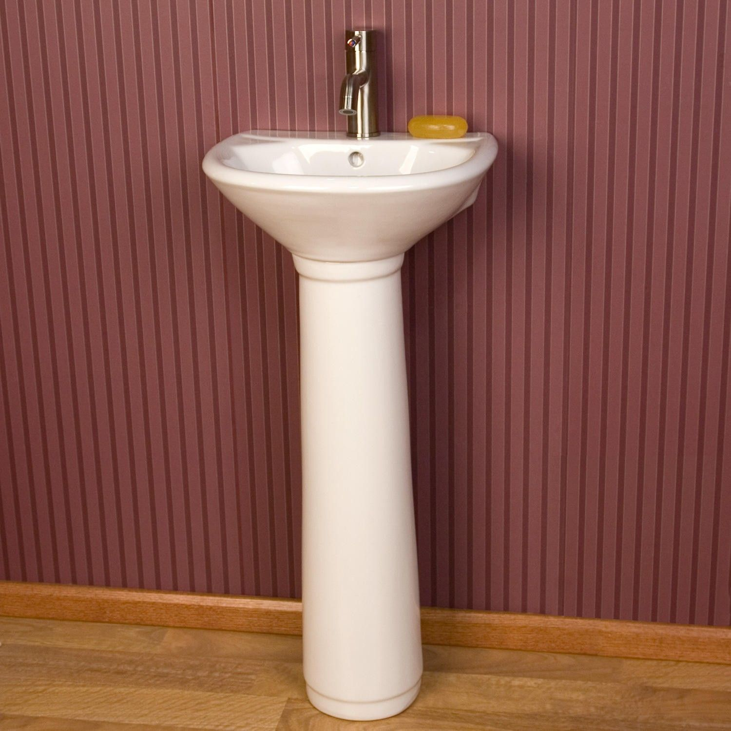 Farnham Porcelain Mini Pedestal Sink In