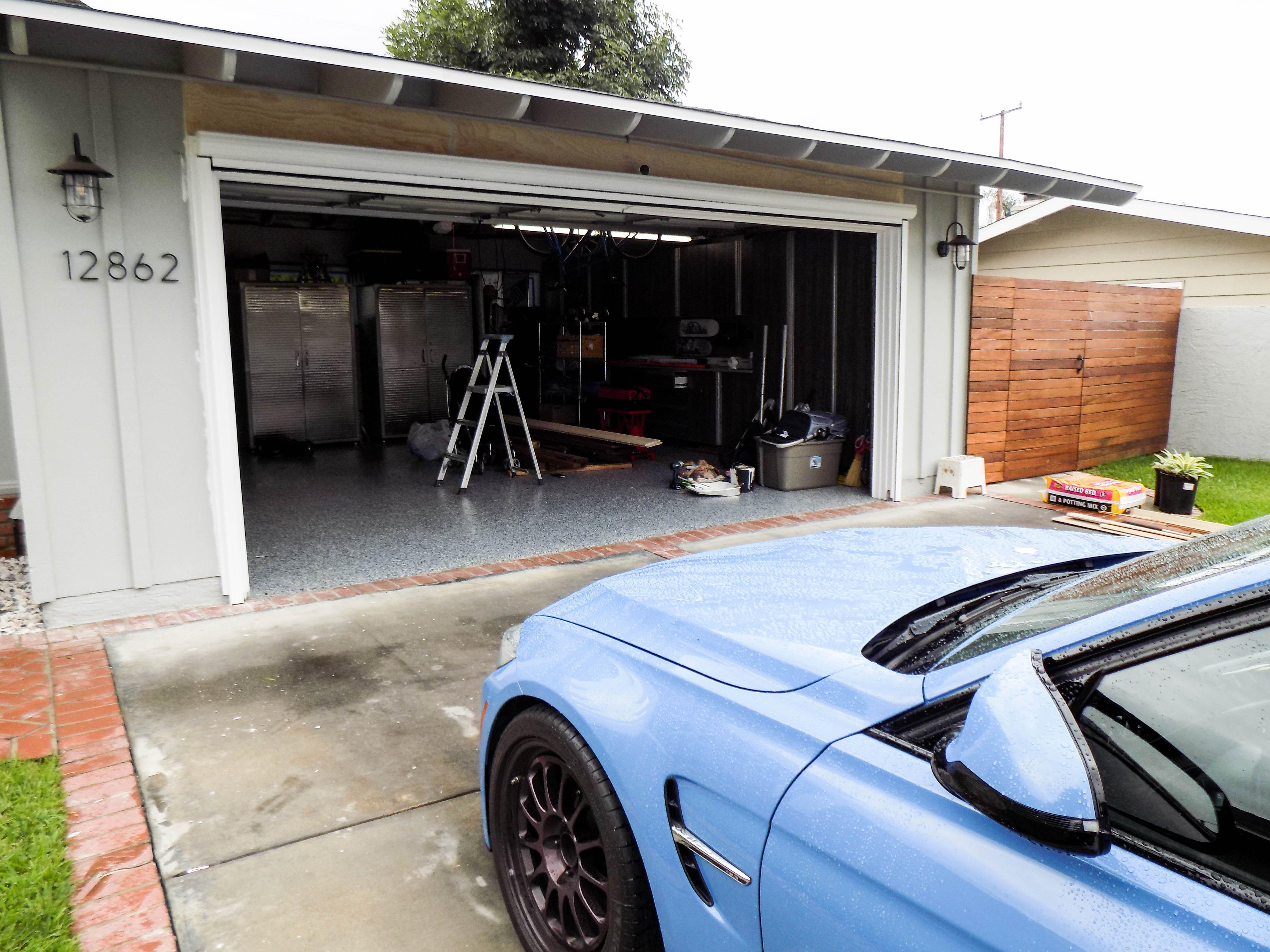 Leave Your Garage Door Open Without Compromising Your Privacy A Custom Built Motorized Power Scree Palos Verdes Estates Rancho Palos Verdes Garage Screen Door