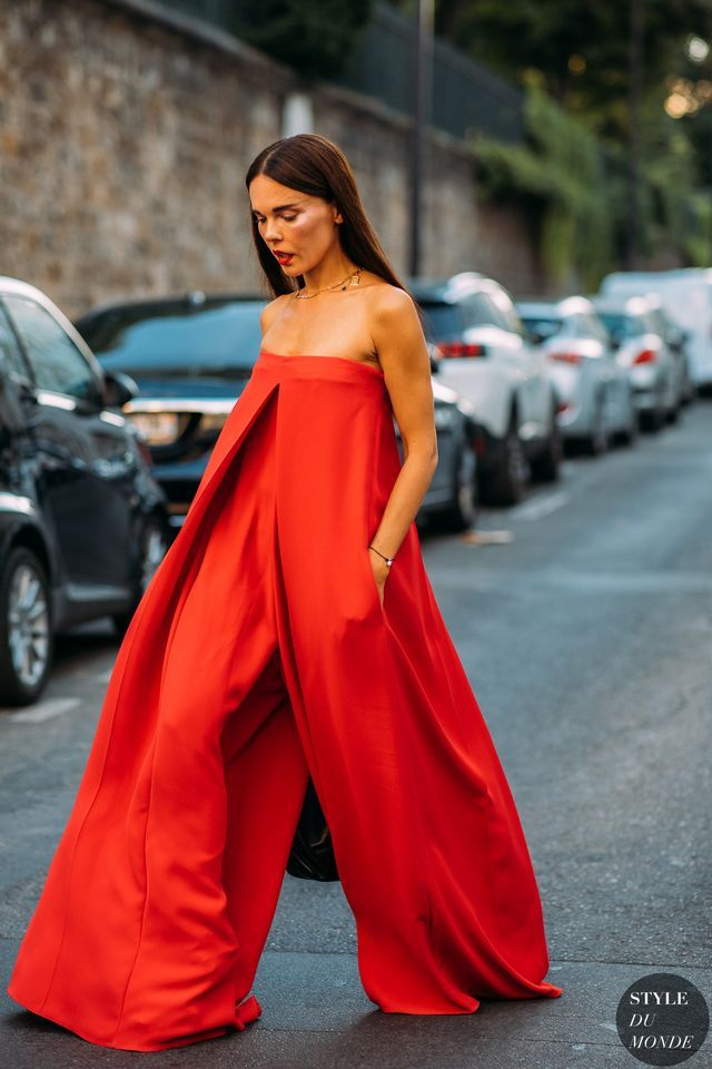 Haute Couture Fall / Winter 2018/19 Street Style: Evangelie Smyrniotaki (STYLE DU MONDE)