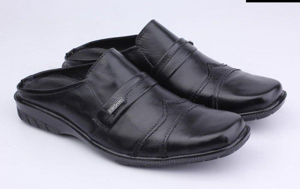 Penawaran Sandal Sepatu Pria Bustong Distro Hitam Kulit Asli
