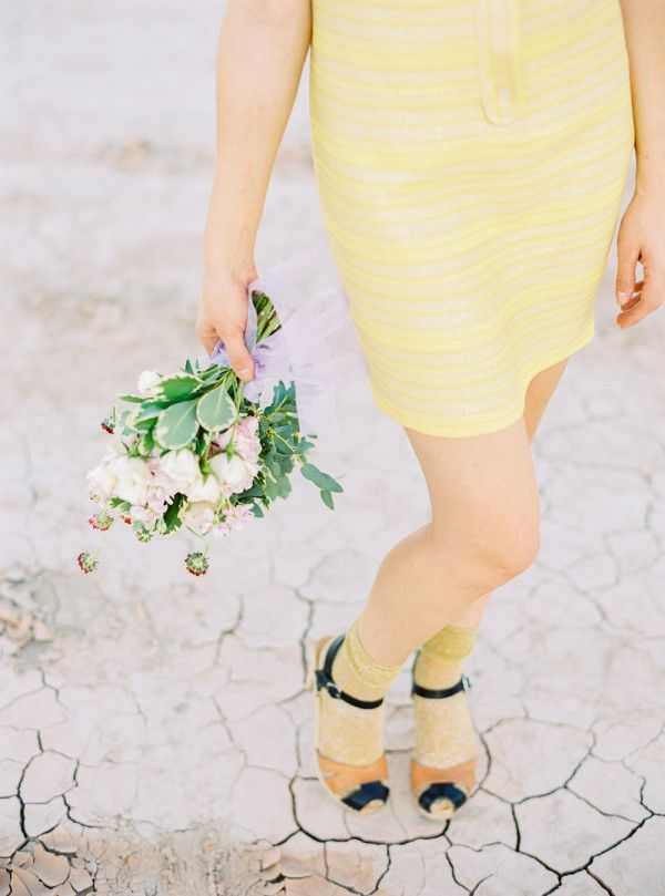 Ultimate Vegas Wedding Venue Guide: Retro Pop Up Weddings with Flora Pop Shop #retropop