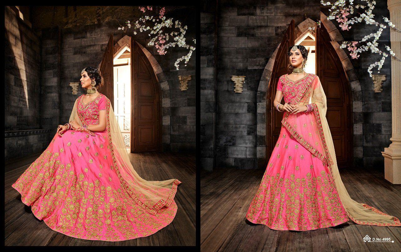 676eda2f24 Mesmerizing Heavy Embroidered Wedding Wear Lehenga Choli in 2019 ...