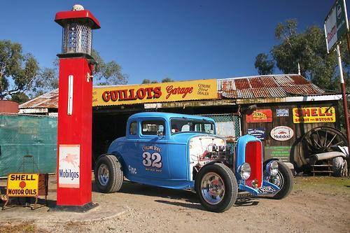 32 5 Window Old School Garage Memories Hot Rods Vintage Gas Pumps Hot Rods Cars