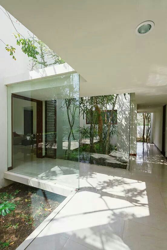 Aldea House is a private residence located inMerida,Yucatan,Mexico.  It was designed bySeijo Peon Arquitectos y Asociadosin 2012.  http://www.homedsgn.com/2014/07/20/aldea-house-by-seijo-peon-arquitectos-y-asociados/