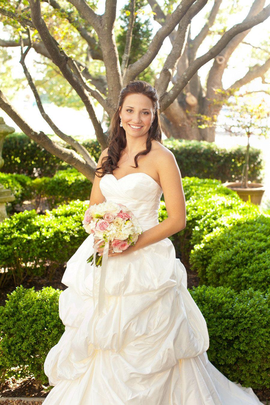 Bride + gown sure are pretty! Wedding gown designer - Anna Maier-Ulla Maija