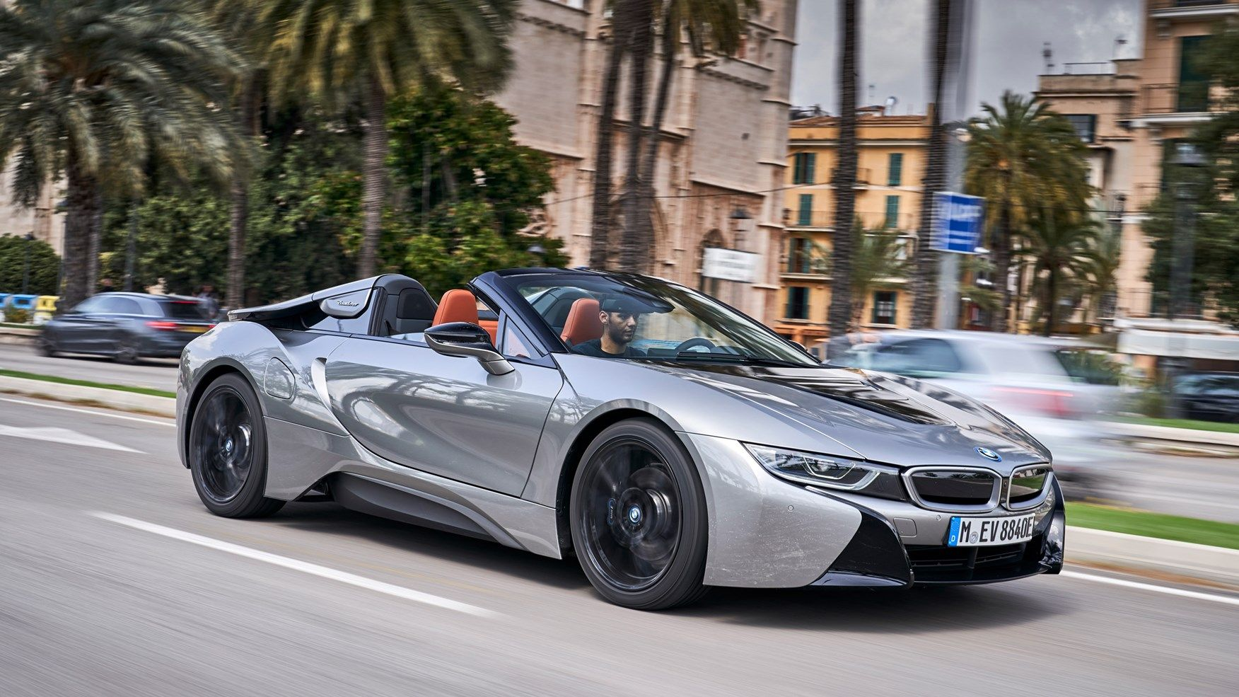 New Bmw I8 Roadster Review 2018 Hybrid Loses A Roof But Gains Much More By Car Magazine Best Hybrid Cars Hybrid Car Luxury Hybrid Cars