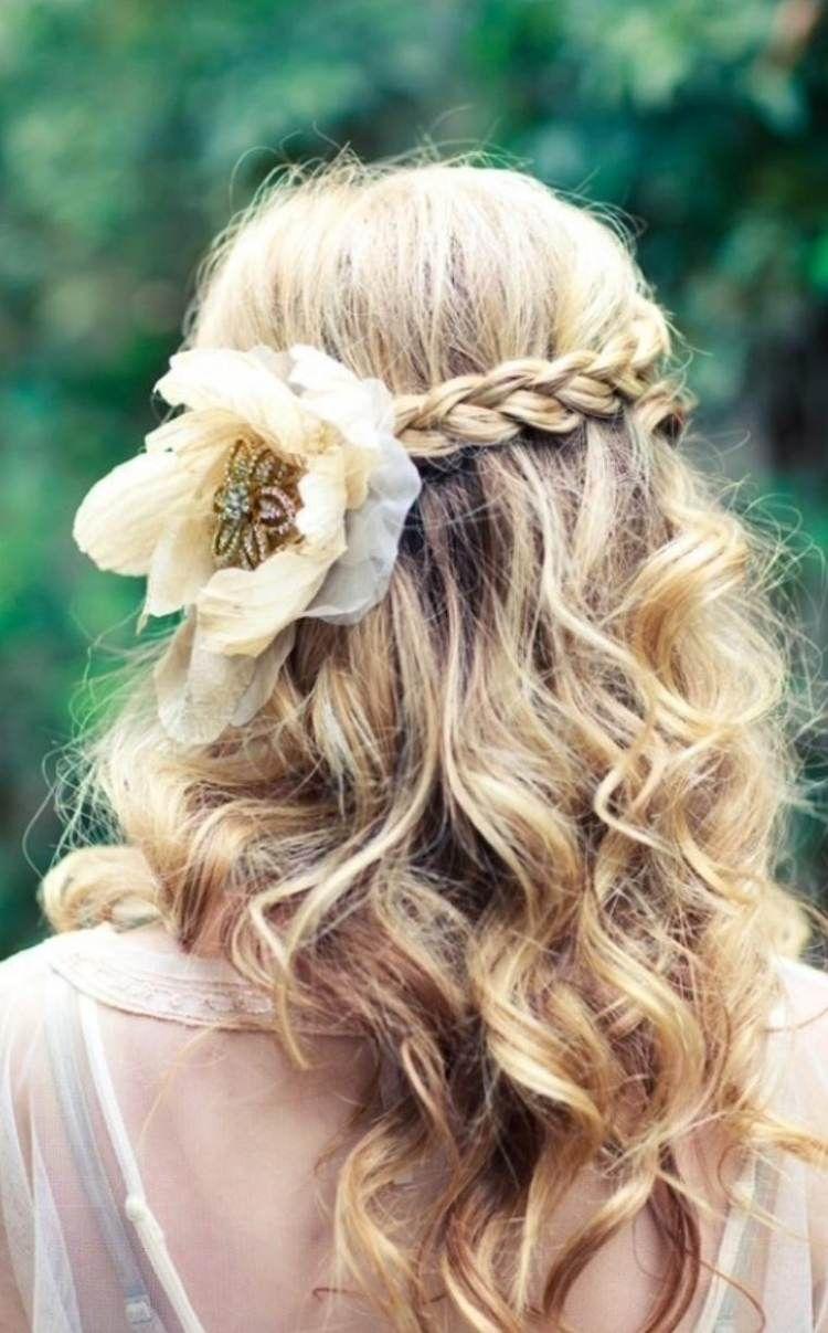 Coiffure mariée cheveux longs 21 idées pour votre jour