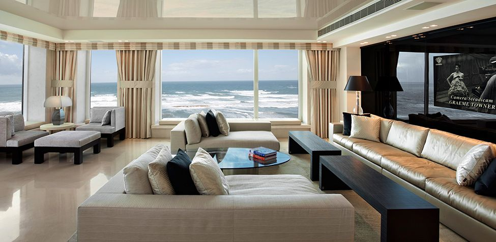 Luxurious Apartment in Tel Aviv Close to the Sea by Daniel Hasson