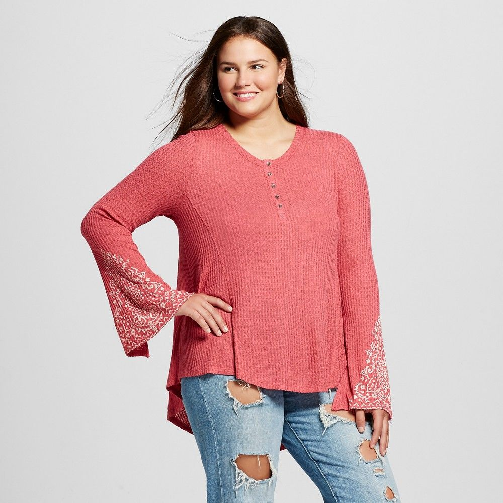 Womenus plus size long sleeve henley with cuff detail pink x born