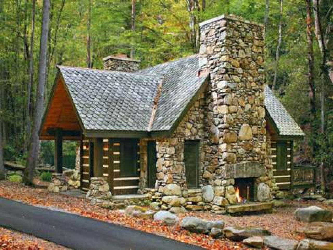 Small stone cabin plans house mountain log floor kits for Small stone cabin