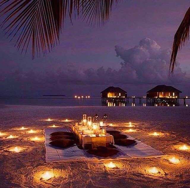 Aus Bridal Expos On Instagram What A Divine And Romantic View In The Maldives Follow Us On Facebook At Ausbridalexp Dream Dates Romantic Beach Beach Dinner