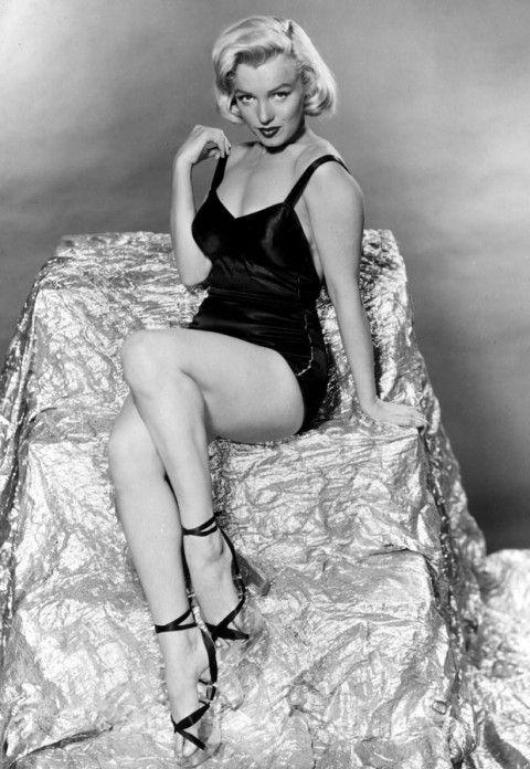 c0ed24e59738 marilyn monroe - marilyn monroe pictures - style icon - fashion icon - 50s  - fifties - 1950s icon