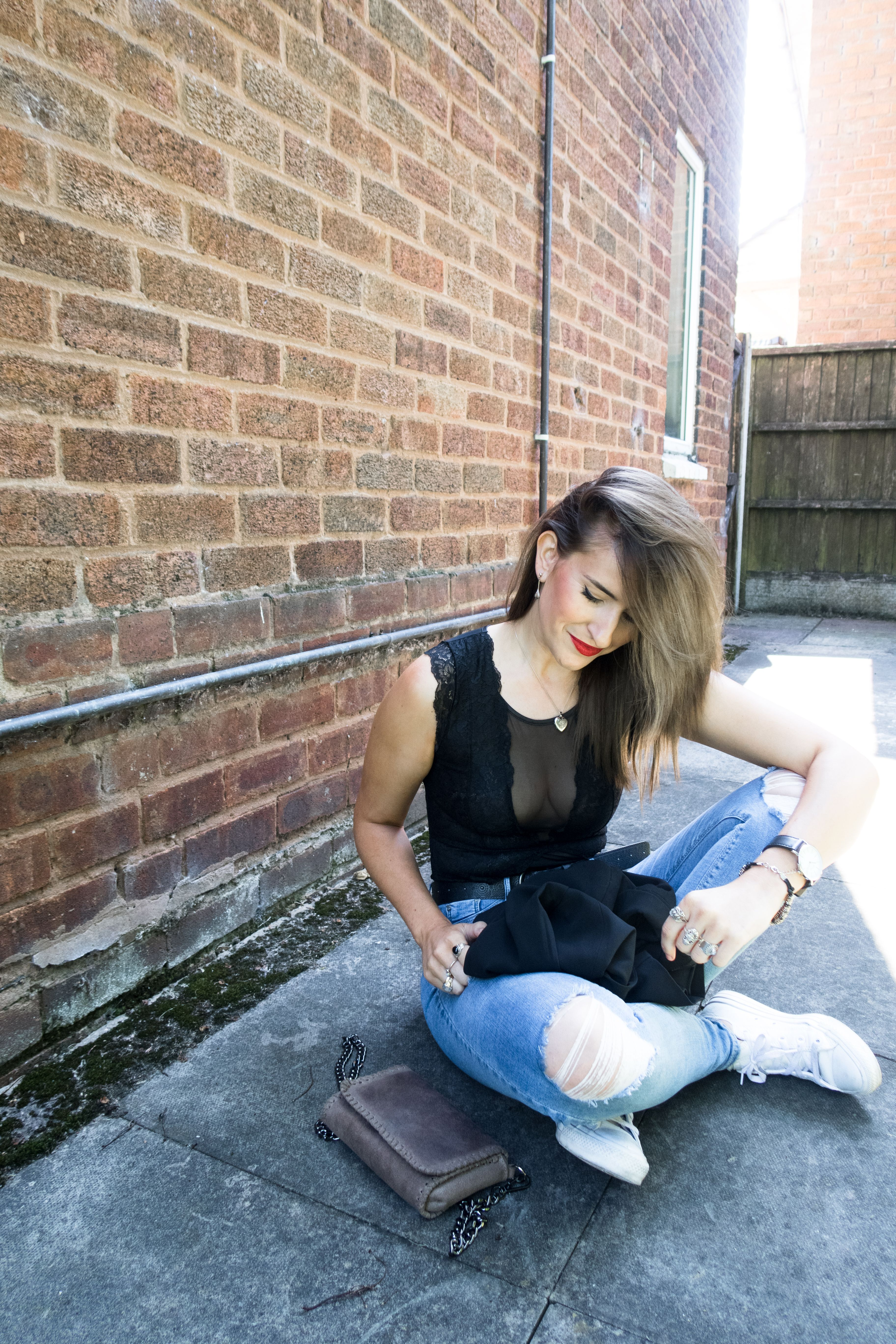 a00ebad6c9d0 How to wear bodysuit: Primark black lace bodysuit outfit Cityscape Bliss //  style and fashion