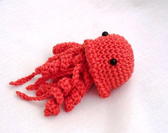 Amigurumi Jellyfish : Mini amigurumi jellyfish pdf crochet pattern toys
