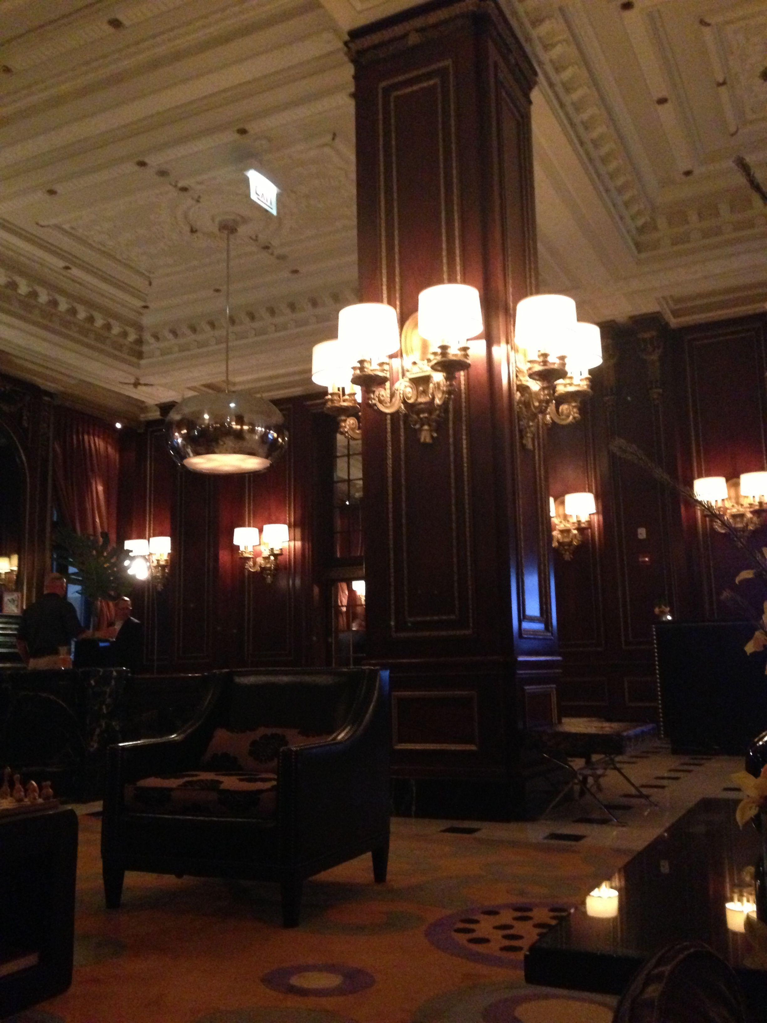 Blackstone Renaissance Hotel lobby Chicago Hotel lobby