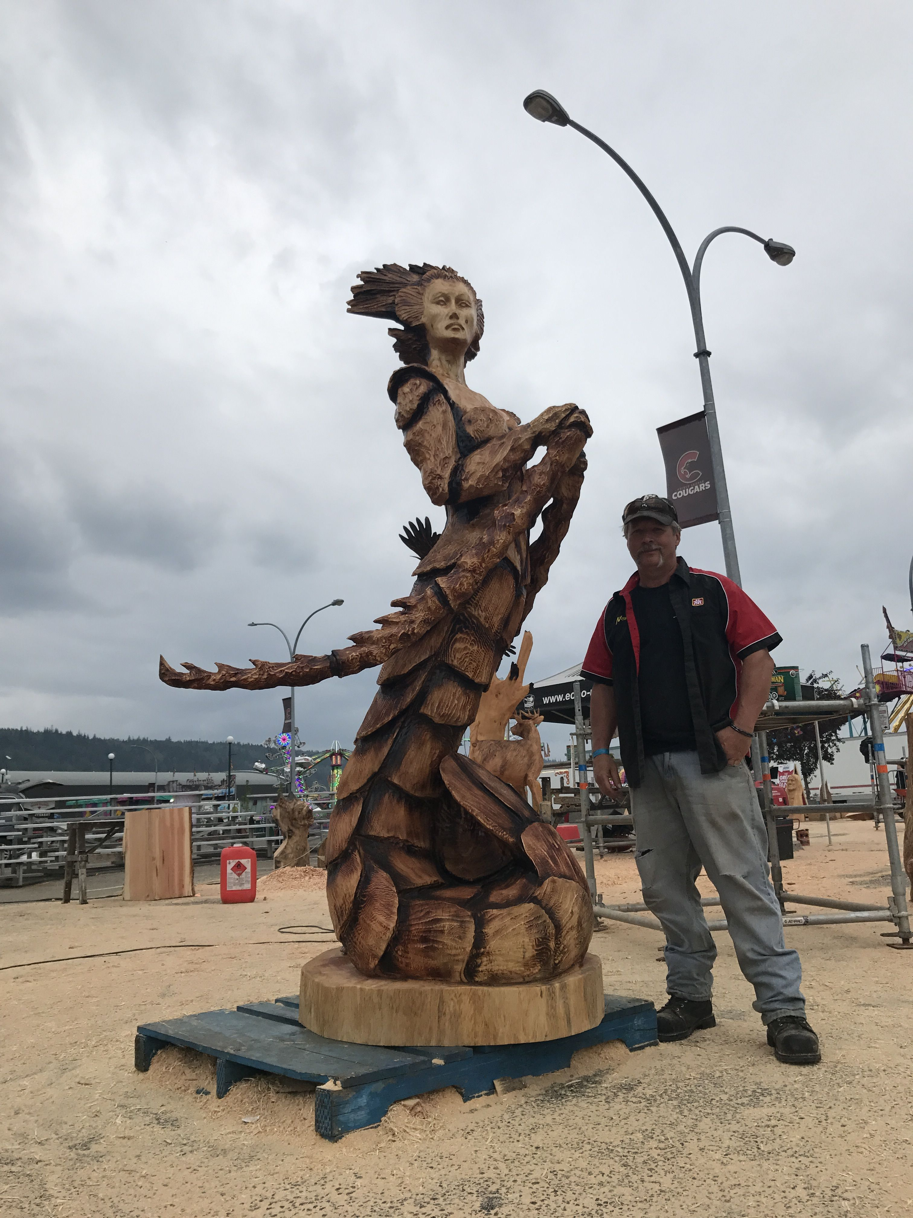 Crustacea chainsaw carving by paul frenette carvings pinterest