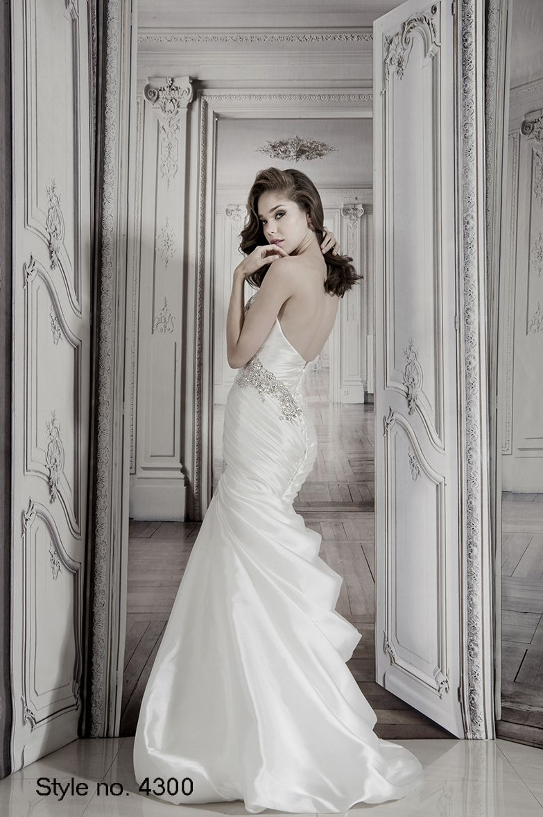 pnina_tornai bridal dress style no. 4300 back