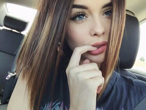 beautiful-beauty-blue-eyes-brown-hair-Favim.com-3959544 ... Pretty Girl With Brown Hair And Brown Eyes With Swag