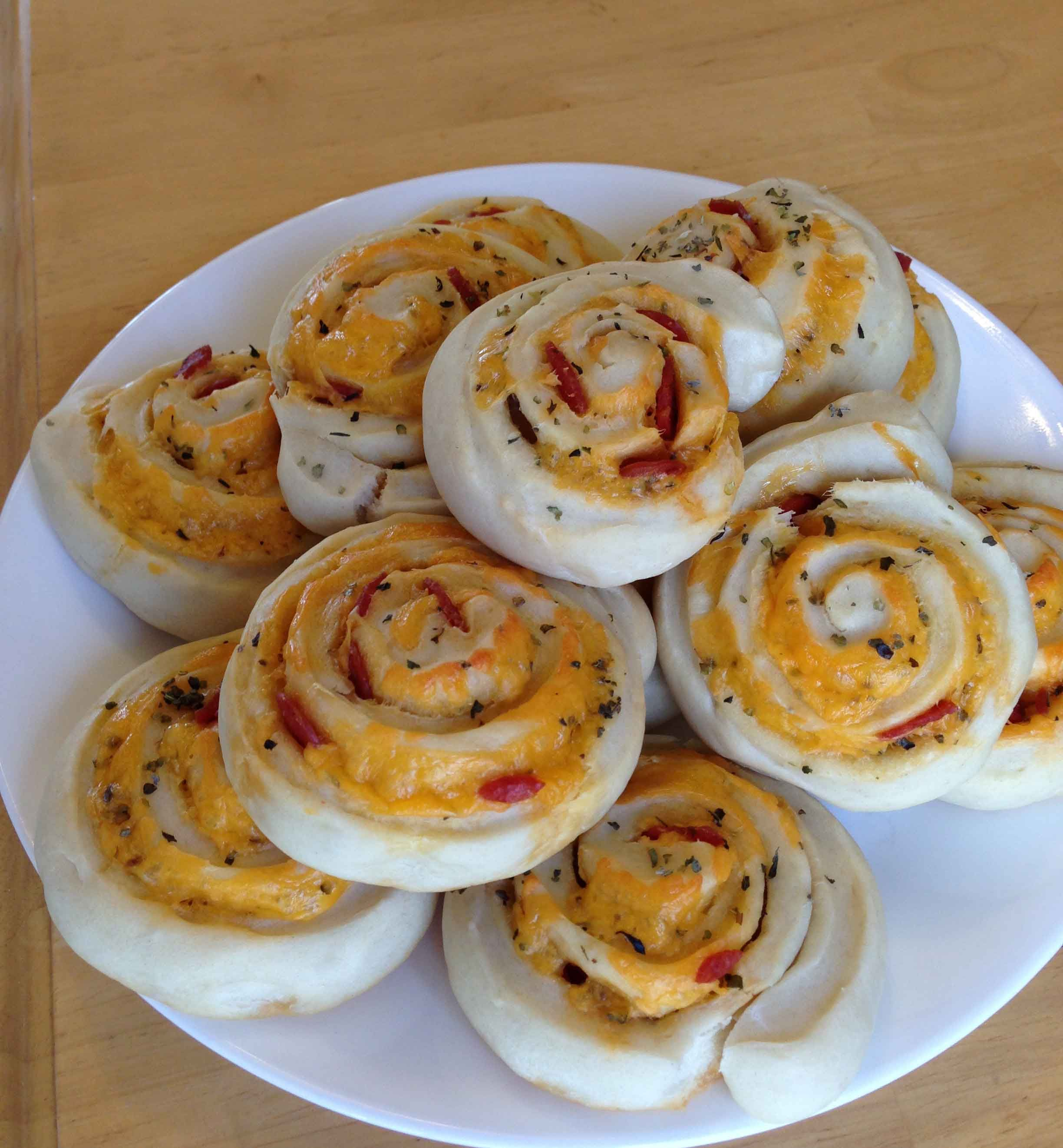 Recipe Pepperoni Pizza Rolls Pinching Your Pennies Culinaria
