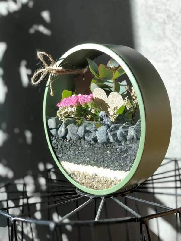 Pin On Dekoracje Na Sciane Circle Planter