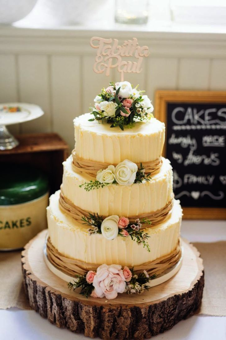 Classic Wedding Cake Cutting Songs Wedding Cakes Prices Near Me ...