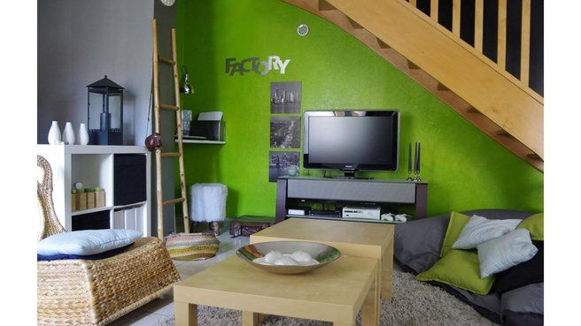 allier meubles anciens et modernes latest agrandir allier les murs bruts et les meubles. Black Bedroom Furniture Sets. Home Design Ideas
