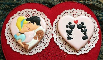 disney valentine cookies