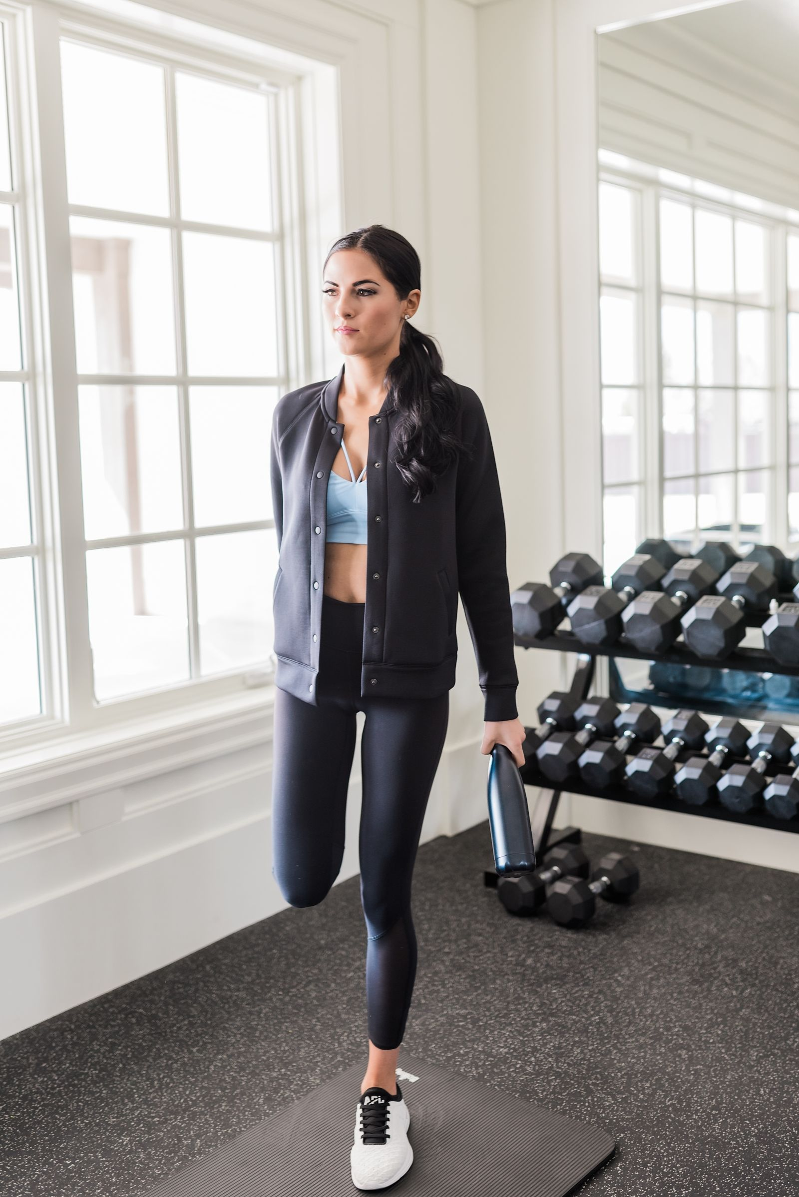 Wear to what to go workout recommend to wear in winter in 2019
